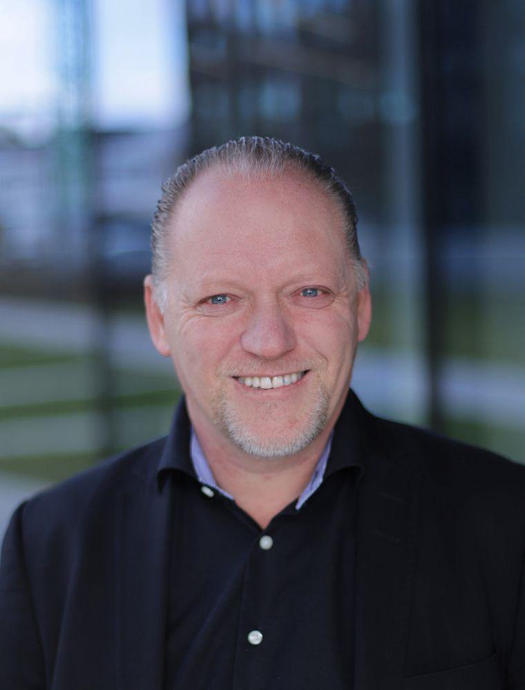 Knut Erik L Karlsen